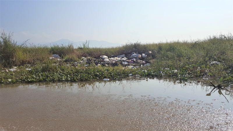 Heaps plastic wastes by the lake/EnviroWild. By Caroline Kibii